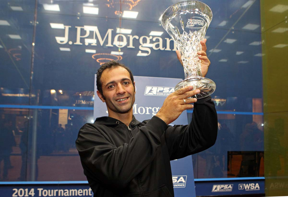 Egyptian squash maestro Amr Shabana dominated Gregory Gaultier in the final of Friday's 2014 JP Morgan Tournament of Champions, beating the Frenchman 3-0 to seal the title in New York's Grand Central Terminal. (Photo from Squashpics.com)