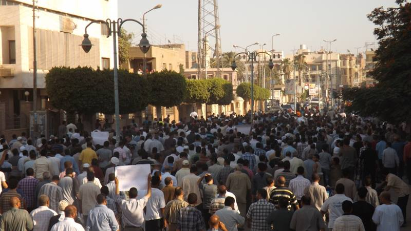 Mourners at Mohamed Shalakany's Funeral Procession (Pphoto from FJP)