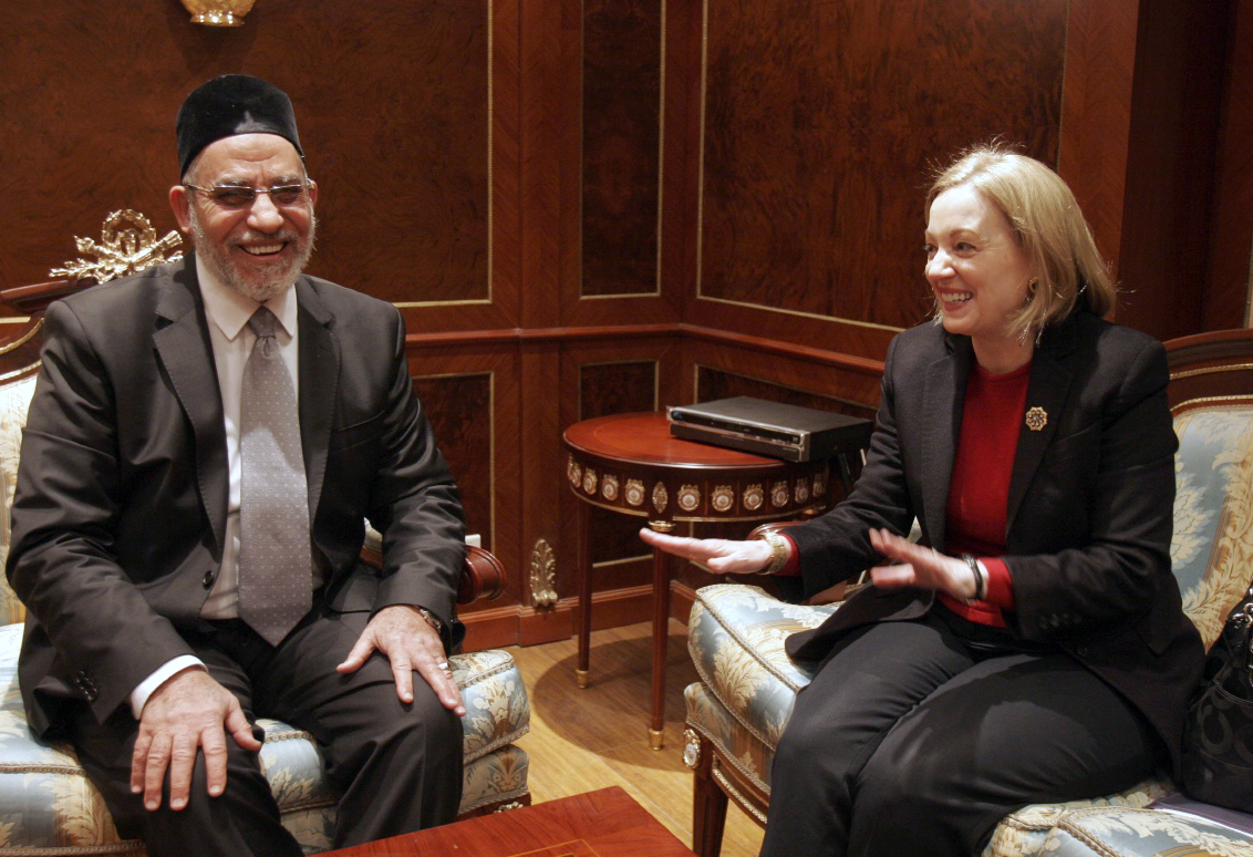 Muslim brotherhood leader Mohammed Badie (L) meets with U.S. Ambassador to Egypt Anne Patterson in Cairo on January 18, 2012.  (AFP FILE PHOTO / STR