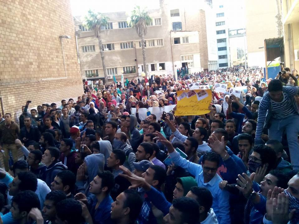 Students protest at Alexandria University against Saturday's controversial decision by the Cairo Criminal Court to dismiss murder charges against former president Hosni Mubarak. (Photo from Student Against coup)