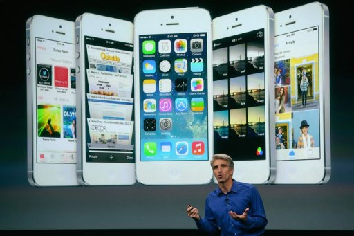 Apple Senior Vice President of Software Engineering Craig Federighi speaks about iOS 7 on September 10, 2013 (Getty Images/AFP/File, Justin Sullivan)