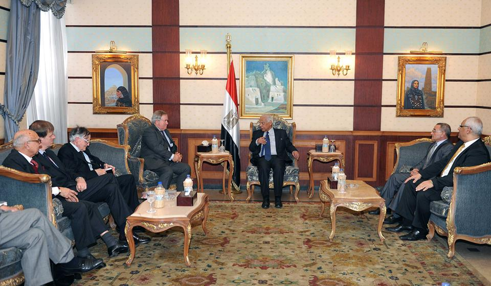 Interim Prime Minister Hazem El-Beblawi met British delegation of parliamentarians on Saturday  (Photo Cabinet Handout)