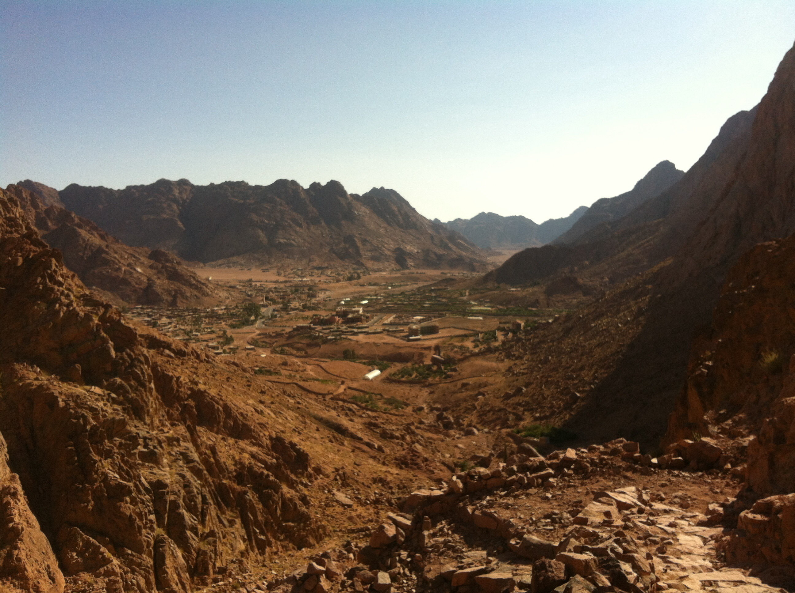 Mountain view of Saint Catherine village in Sinai. (Photo by Eduard Cousin)
