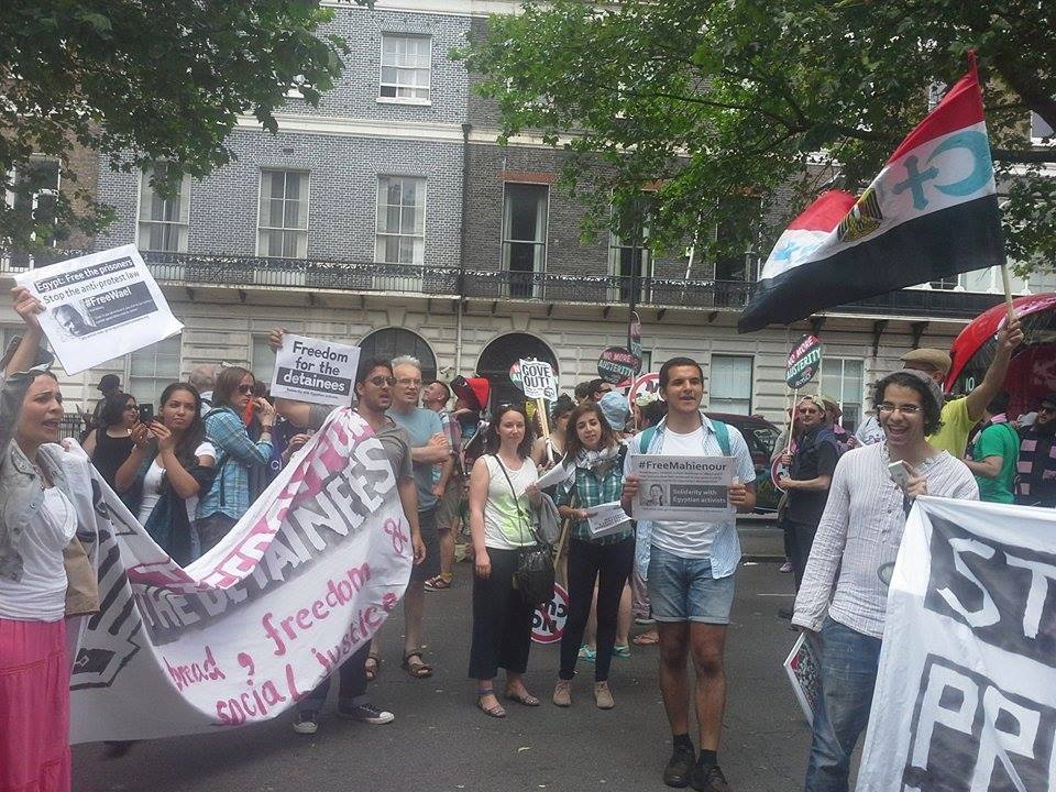 People gather to particpant the International Day of Solidarity with Egyptian Detainees on Saturday, an initiative to support detainees by demonstrating in front of Egyptian embassy in London (Photo from Free Maheinour Al-Massry Facebook Page)