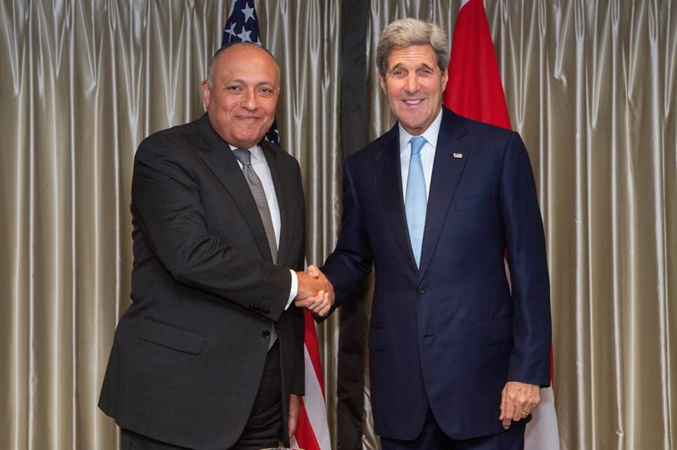 Egyptian Minister of Foreign Affairs Sameh Shoukry met in London with US Secretary of State John Kerry to discuss the Israeli-Palestinian conflict in light of the escalating tensions in Jerusalem. (Photo Ministry of Foreign Affairs Handout)