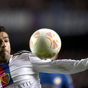 Basel's Egyptian midfielder Mohamed Salah keeps his eye on the ball during the Europa League semi-final match between Chelsea and Basel at Stamford Bridge in London on May 2, 2013 (AFP/File, Adrian Dennis)Basel's Egyptian midfielder Mohamed Salah keeps his eye on the ball during the Europa League semi-final match between Chelsea and Basel at Stamford Bridge in London on May 2, 2013 (AFP/File, Adrian Dennis)