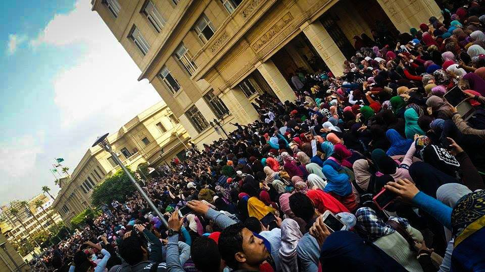 Students protest at Al-Azhar University rejecting dismissal of charges against former president Hosni Mubarak (Photo from Student Against Coup)