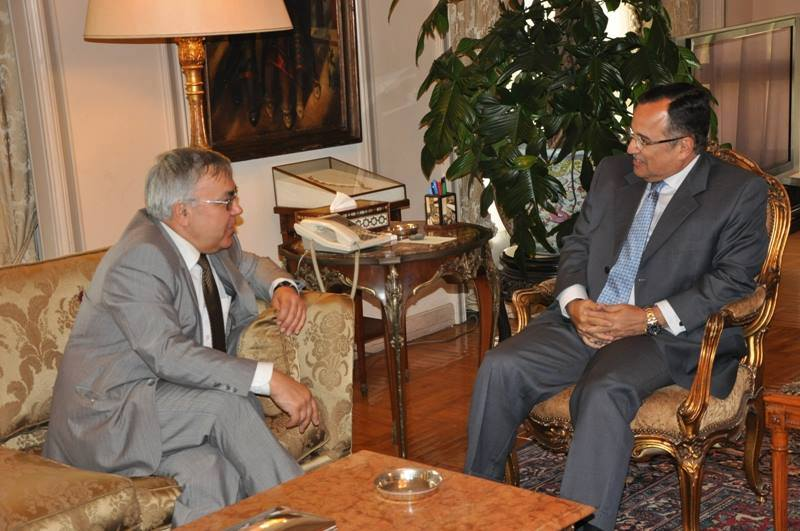 """Foreign Minister Nabil Fahmy hosted Wednesday the Russian Special Envoy to the Middle East to discuss bilateral relations, unfolding events in Palestine and Syria and """"international and regional"""" issues. (Photo Ministry of Foreign Affairs Handout)"""