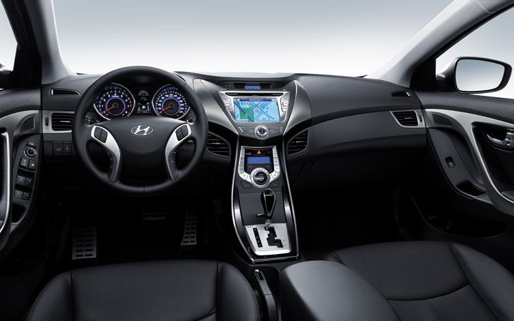 new-hyundai-elantra-interior