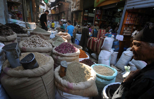 The Ministry of Finance pointed out that several products were imported for the month of Ramadan, which included EGP 259.96m worth of nuts and dried fruits. (AFP Photo)