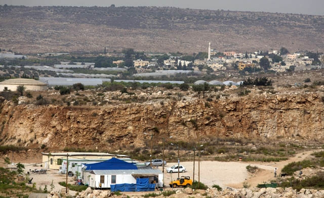 The Foreign Ministry announced its concern about new settlements and roads leading to Israel in the West Bank (AFP Photo)
