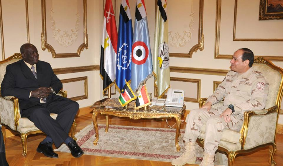 Defence Minister Abdel Fattah Al-Sisi met with South Sudanese Defence Minister Kuol Manyang Juuk (Photo courtesy of Army Spokesman Facebook Page)