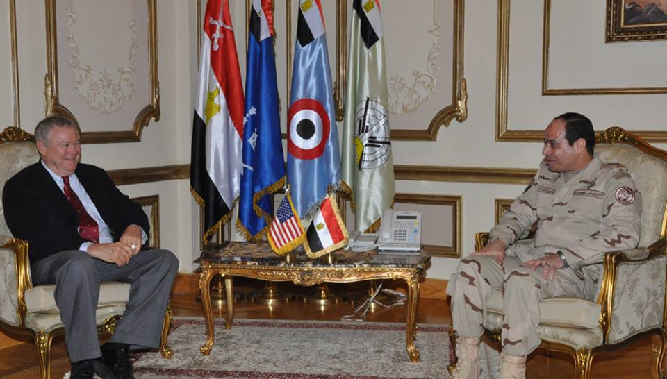Defence Minister General Abdel Fatah Al-Sisi met on Sunday with United States Representative Dana Rohrabacher, head of the subcommittee of European and Asian Affairs in the Foreign Affairs Committee, who led an official congressional delegation to Egypt.  (Photo from Army Spokesman Facebook Page)