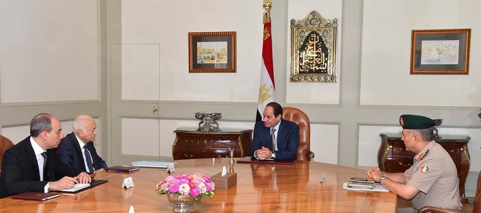 President Abdel Fattah Al-Sisi met with Arab League Secretary General Nabil El-Araby and Chief-of-Staff of the Egyptian Armed Forces Mahmoud Hegazy. (Photo Presidency Handout)