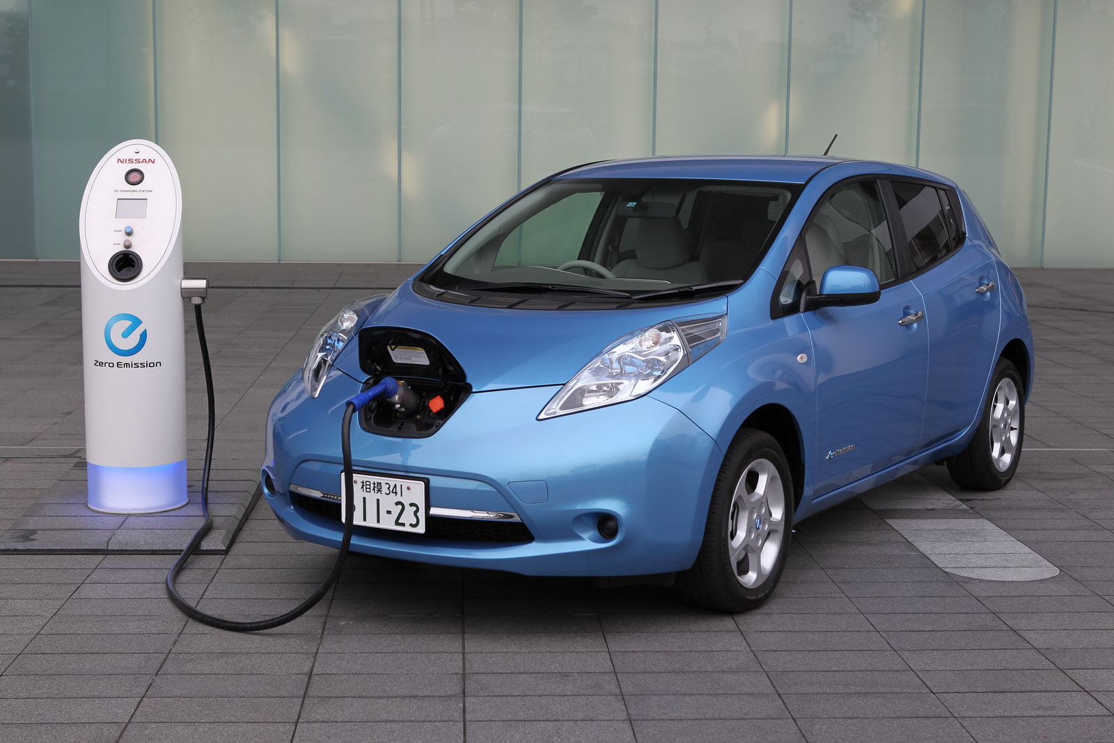 Insurance companies await propagation of electric cars - Daily News Egypt