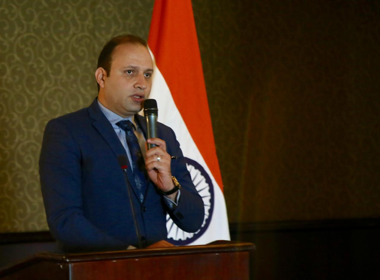 Tourism Ministry calls on Air India to re-launch its direct flights to Egypt - Daily News Egypt