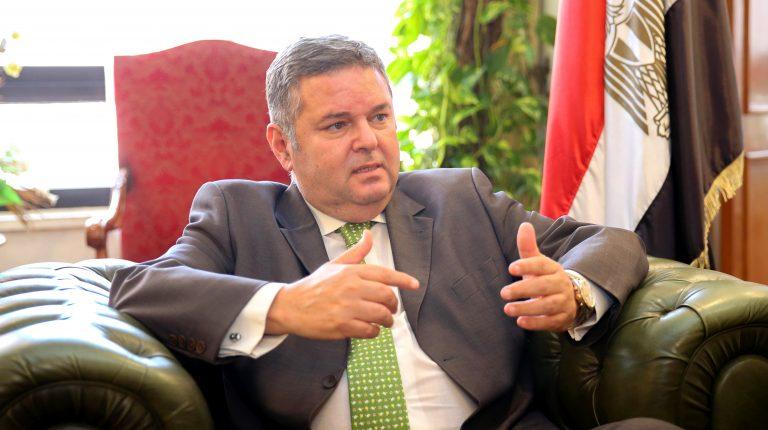 وزارة قطاع الأعمال العام تعيد هيكلة الشركات التابعة لزيادة الأرباح