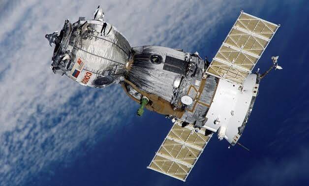 מצרים שגרה לוויני שני נרסקופ מיפן  Satellite