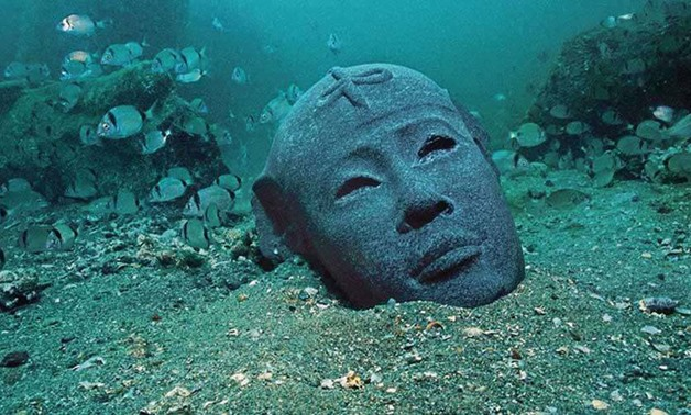エジプトで水中考古学のトレーニングコース