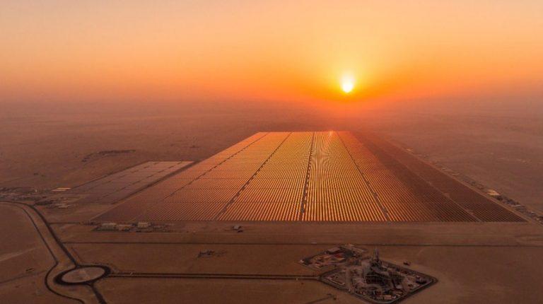 يتولى ستيرلينغ وويلسون المسؤولية من ماهيندرا في بناء محطة الطاقة الشمسية في كوم أمبو