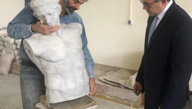 Egypt's Minister of Antiquities and Tourism Khaled Anany visited on Saturday a workshop in Athens, Greece specialised in making ancient Egyptian statue replicas