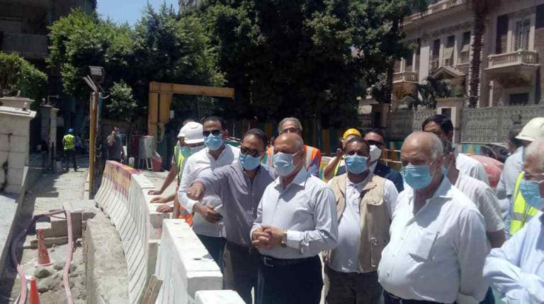 Egypt's Minister of Transport Kamel El-Wazir inspected, on Monday, the Safaa Hegazi metro station, which is being constructed in Zamalek district, as part of the third stage of the Cairo Metro's Line 3.