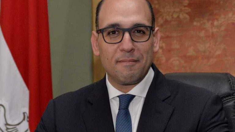 مصر تدين محاولة بيان فرنسا للتأثير على دعوى المبادرة المصرية للحقوق الشخصية