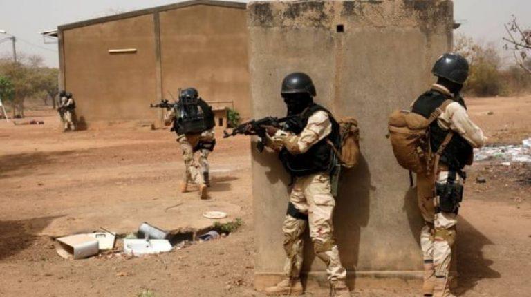 مصر تدين الهجوم الإرهابي على دورية عسكرية في بوركينا فاسو