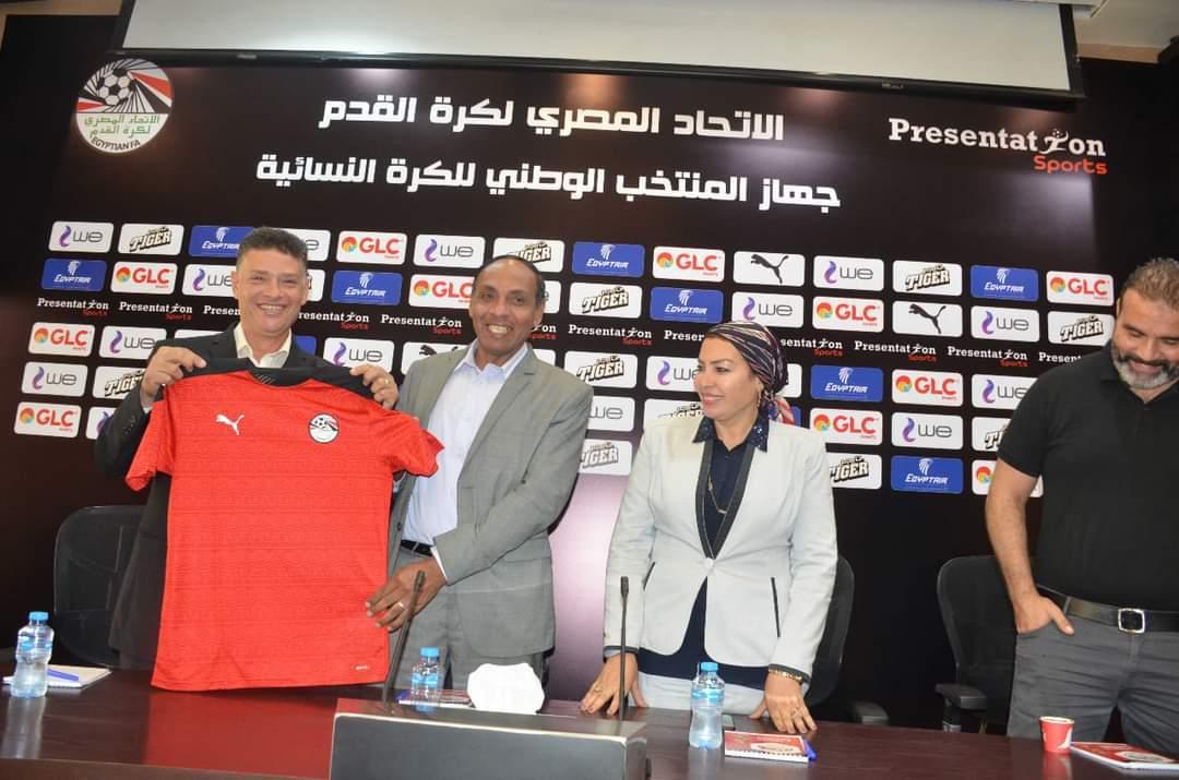 أسعى لتطوير كرة القدم النسائية في مصر وتوسيع قاعدة مشاركتها: أحمد رمضان