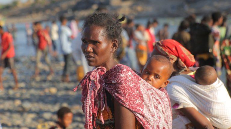 وتقول المفوضية السامية للأمم المتحدة لشؤون اللاجئين إن أكثر من 41193 إثيوبيًا فروا إلى السودان من تيغراي