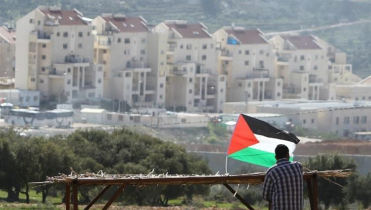 Egypt condemned, on Tuesday, Israeli plans to build 8,300 new settlement units in Jerusalem, describing it as a new violation of international law and the relevant Security Council resolutions, according to Egyptian Ministry of Foreign Affairs Spokesperson, Ambassador Ahmed Hafez.