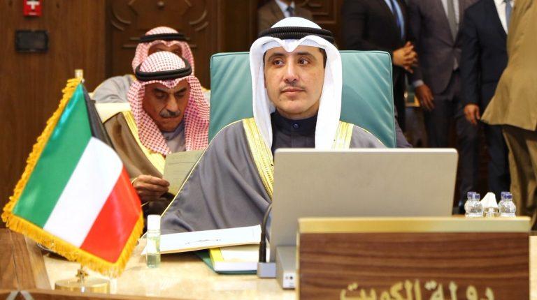 الكويت تقول إنه تم إحراز تقدم في حل التوترات الخليجية