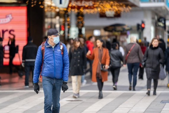 A person who traveled from London to Sweden to celebrate Christmas has been confirmed sick with the new and more infectious coronavirus strain that has been rapidly spreading in the UK recently. (Photo by Wei Xuechao-Xinhua)
