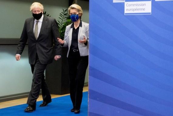 European Commission President Ursula von der Leyen (R) and British Prime Minister Boris Johnson arrive for their meeting to discuss Brexit trade deal in Brussels, Belgium, Dec. 9, 2020. (European Union-Handout via Xinhua)