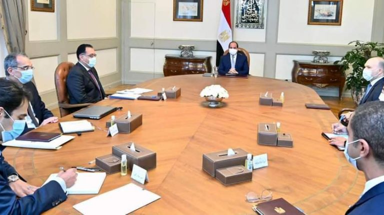 Al-Sisi meets Vodafone Group CEO, directs for enhancing Egypt's digital infrastructure