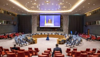 UN Security Council on Tuesday adopted a resolution encouraging member states to engage more actively with its committee overseeing sanctions on individuals and groups related to Islamic State in Iraq and the Levant (ISIL/Da'esh) and Al-Qaida