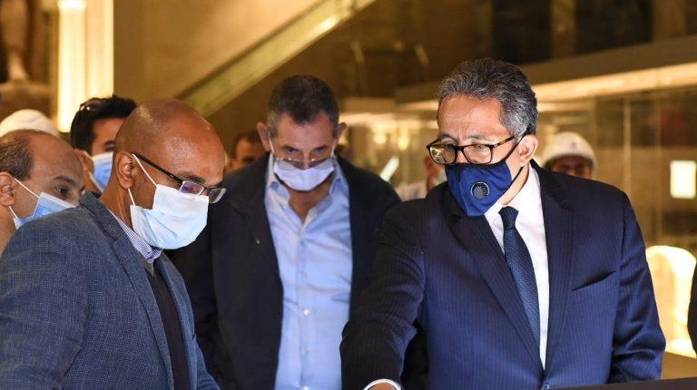 مسؤولو الدولة يتابعون التقدم المحرز في تشييد متحف عواصم مصر في NAC