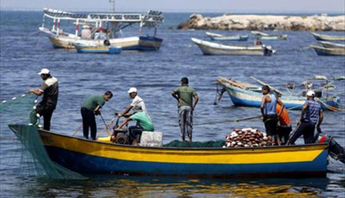 Egypt's Ministry of Foreign Affairs announced, on Saturday evening, that it closely followed the situation of 17 Egyptian fishermen who have been arrested in Tunisia recently