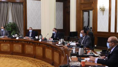 Madbouly orders state authorities to support modern irrigation system