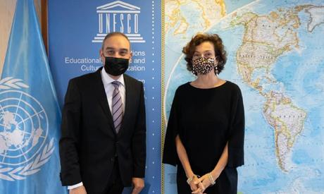 Egypt's permanent representative to UNESCO presents credentials