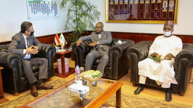 Nigeria Minister of Communications visits Egypt Post in Smart Village