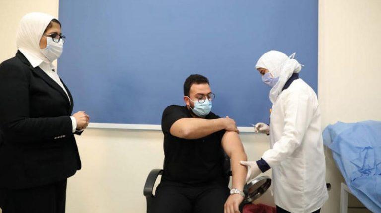 Egypt coronavirus cases drop , start of COVID-19 vaccination