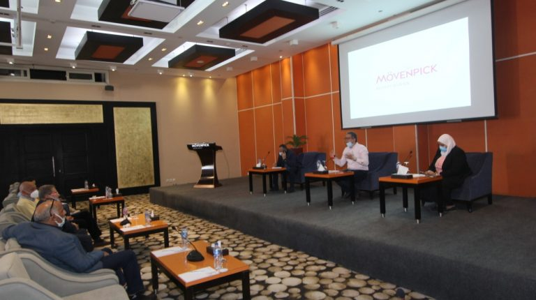 Tourism Minister, stakeholders discuss ways to enhance sector in Aswan