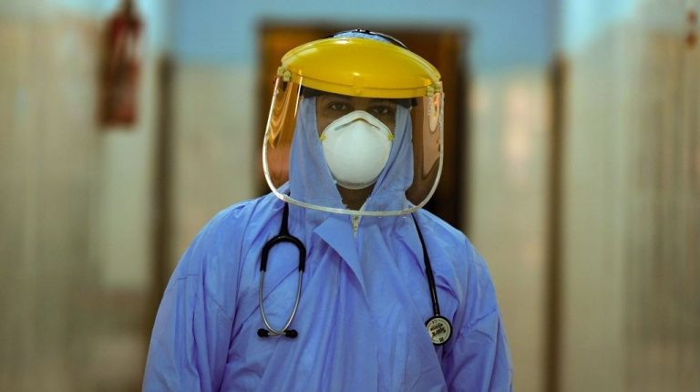 Coronavirus death toll among Egyptian doctors rises to 327: Medical Syndicate