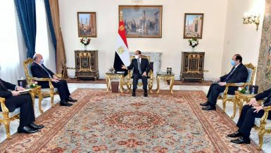 Al-Sisi, Iraq Foreign Minister discuss bilateral relations in Cairo