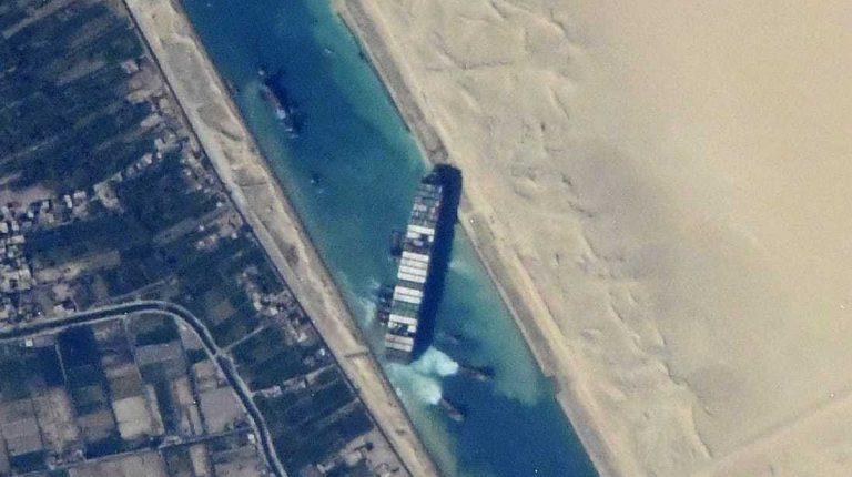 Egypt's Al-Sisi orders unloading vessel blocking Suez Canal, if dislodging efforts fail