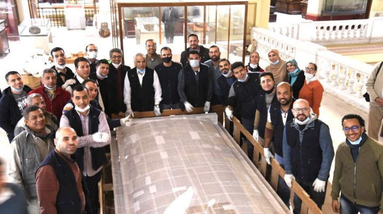 Grand Egyptian Museum receives 4th shrine from Tutankhamun collection