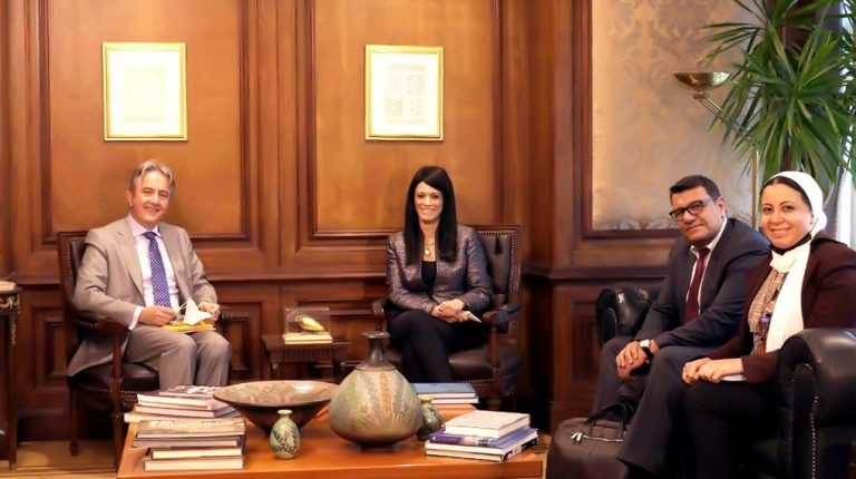 Egypt, EBRD discuss stimulating private sector engagement in development efforts
