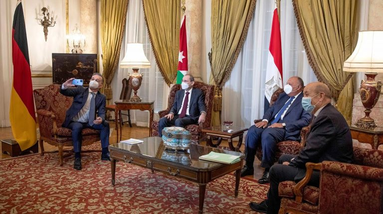Shoukry in Paris for quartet meeting on Palestinian issue