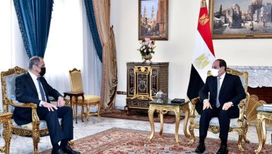 Al-Sisi renews Egypt's keenness to reach legally binding agreement on filling, operation of GERD